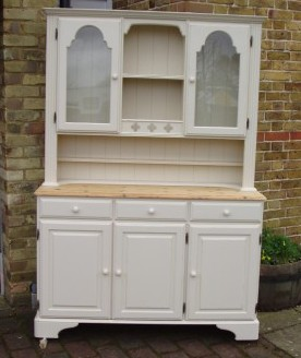 Two-tone shabby-chic painted dresser